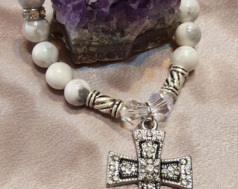 Genuine Howlite Beaded Stretchy Bracelet with Crystal-studded Baroque Cross