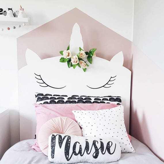 Bespoke whimsical unicorn headboard childrens bedroom for Cuarto de unicornio
