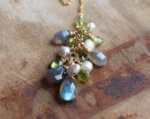 Gemstone Cluster Y Necklace in Gold Filled, Peridot, Labradorite, Pearl Necklace, Cleavage Necklace, June&August Birthstone, Gemstone Lariat