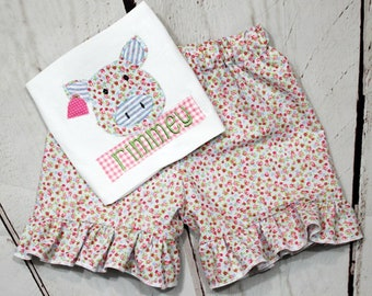 Girls Pig Shirt-Floral Pig Shirt- Farm Shirt- Toddler Girls- floral Shorts- Farm Pig Birthday-Baby Girl- 6m, 12m, 18m, 2t, 3t, 4, 5, 6 8