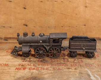 Vintage Cast Iron Train Engine No. 50 LocomotiveIce Coal Black Red Home Decor Rail Road