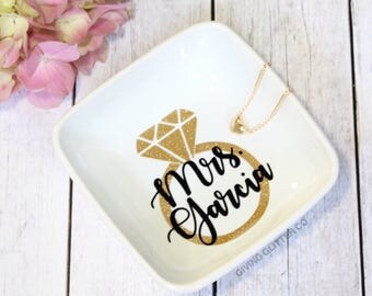 Mrs. Ring Dish | Personalized Ring Dish | Engagement Gift | Bridal Shower Gift | Bride To Be Gift | Future Mrs. | Engaged | Custom Ring Dish