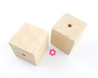 x 2 Perle wood cube 30mm (27)