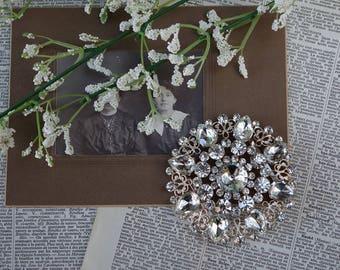 Vintage White Faux Rhinestone Belt Buckle - Vintage Jewelry - Wedding Jewelry