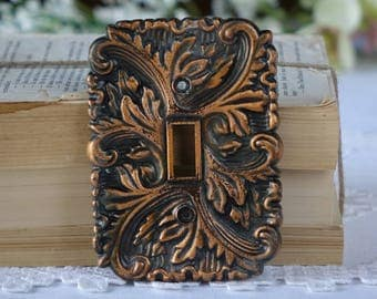 Vintage metal light switch plate cover - Leave design - Bronze colour