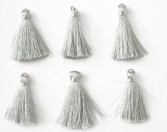 6 gray tassels cotton 4.5 cm