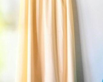 VINTAGE Henson Kickernick Half Slip-Long Skirt/Dress-Cream/Off White-All Orders Only 99c Shipping!!