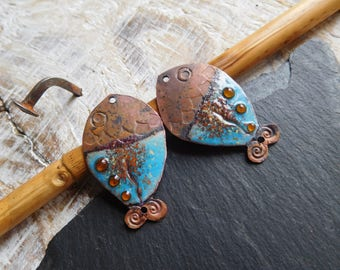 RESERVED * NONA * Charms enameled copper, ethnic fish, blue and orange, handmade.