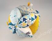 Balle de Préhension 'Victor' multi-textures façon Montessori ou Balle d'éveil, Montessori Ball