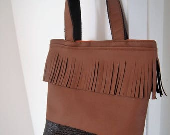 Small tote in camel and dark brown faux leather