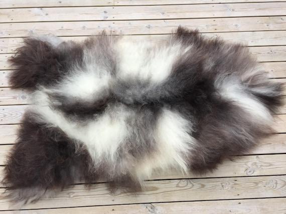 Georgeous sheepskin rug soft, volumous throw sheep skin long haired Norwegian pelt natural black grey 18047