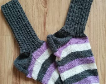 Hand knit socks, wool socks, winter clothes, handmade socks, skiing socks, warm socks, warm feet, striped socks, made in Germany, knitted