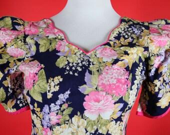 Beautiful Floral Hawaiian Dress made by Rim made in Hawaii