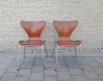 Model 3107 Butterfly Chair by Arne Jacobsen for Fritz Hansen '50