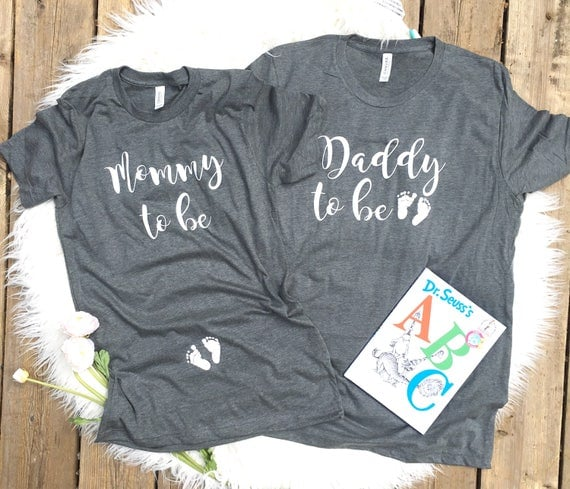 Couples pregnancy Announcement shirts, Preggers Shirt, Couples shirt, Mommy to Be Shirt, Mom to Be, Pregnancy Reveal, New Mom, new dad Shirt
