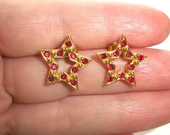 Vintage Avon Red Rhinestone Star earrings,Rhinestones,post,stud,stars,Gold tone,Pre-owned