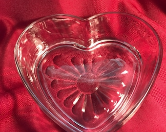 Glass candy dish, glass heart shaped dish, heart shaped trinket dish, glass heart shaped dish for lovers