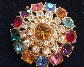 Beautiful round multicoloured vintage brooch pin