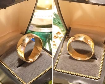 Vintage 10k yellow gold wide dome wedding/stacking band ring   Sz 8, 6.5 grams   10k yellow gold comfort fit band ring   8mm wide