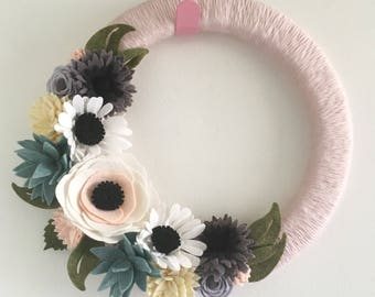 Felt flower wreath, felt wreath, yarn wreath, wrapped wreath, skinny wreath