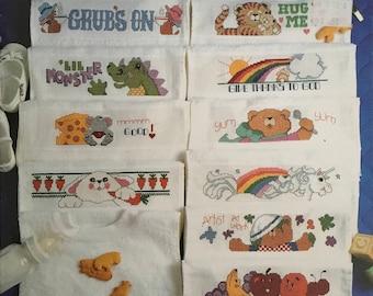 """Stitch Leaflet """"Baby's Best Bibs"""" (Vintage)"""