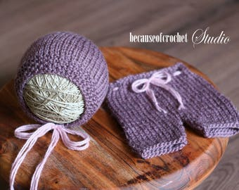 Sale! Newborn Photo Prop pants and hat. Size 0-1 months. Made from high quality baby merino wool yarn.