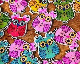 2 hole cute  wooden owl buttons, 35mm mixed colors, sewing, scrapbooking, crafts, 10 buttons per pack. Cute buttons