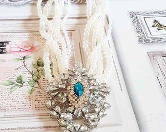 Mutltirang Renaissance Style necklace