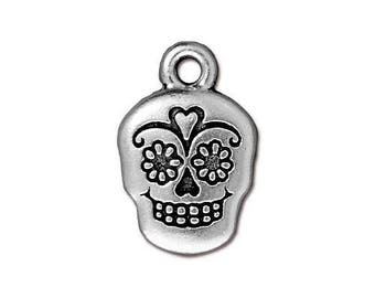 Sugar Skull Charm TierraCast Metal Antique Silver Pewter Halloween Day of the Dead skeleton double sided Pendant 4 pieces Made in America