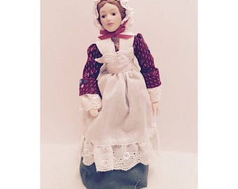 """1987 Avon Fashion of American Times Porcelain Doll """"Early American"""""""