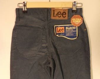 NEW 70s Lee Rider corduroy pants// dead stock NWT// Blue gray mid rise straight boyfriend// Vintage USA made// Women xs small 26 27 W 2-4