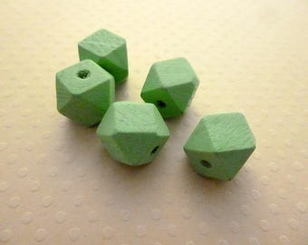 Lot 5 wooden faceted 12mm Green freshwater pearls