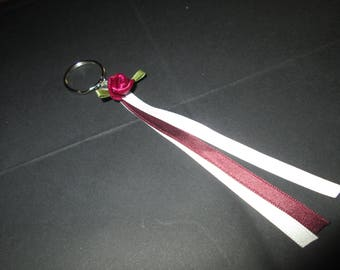 Key ring in white, ivory, Burgundy and white rose satin ribbon