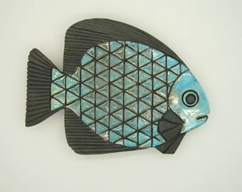Fish wall plaque raku technique