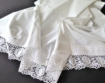 Bed sheets with bobbin laces - Romantic Bohemian Homestyle