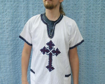 White Linen  shirt // embroidery boho mens tunic // larp elfs tolkien knight crusade cosplay // short sleeve //  size l xl