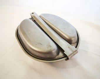 Metal Mess Kit With 2 Utensils
