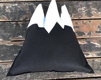 black mountain pillow,decorative pillow,mountain pillow,pillow,kids pillow,kids toys,felt mountain pillow