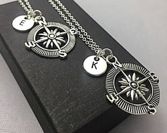 Compass jewelry gift,Custom Compass Necklace, Custom Travel Necklace, Compass Charm Pendant, Compass Necklace Sterling, Gift For Friend