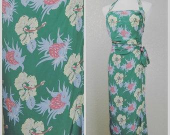 Beautiful Vintage Avanti Sarong Hawaiian Dress