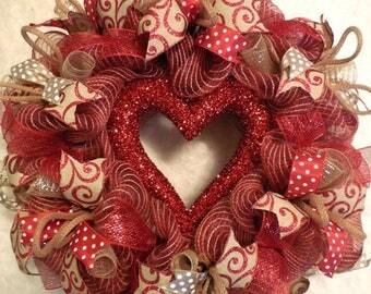 XMAS in JULY SALE-15%off Valentine Wreath /Valentines Wreath / Valentines Day Wreath / Valentines Wreaths/Valenitne Wreaths/Red Valentine/He