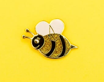 Glitter Bee - Hard enamel lapel pin