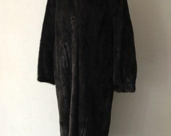 Beautiful long mink fur coat woman size medium .