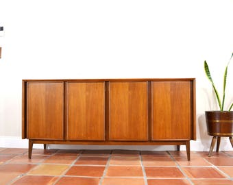 Mid Century Credenza Buffet Console Dresser by American of Martinsville