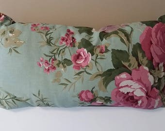 Cushion pattern pink and green flowers