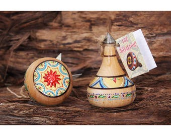 Handmade Wooden Humming Top Spinner with Armenian Ornaments