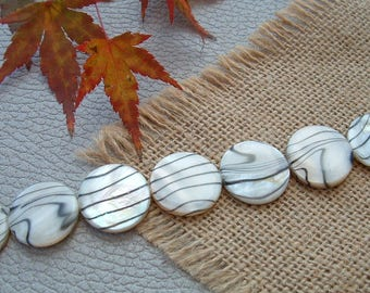 Set of 2 round flat 20mm Zebra Black White Pearl beads