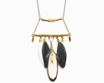 Black and white feather, golden triangle and tube necklace bronze