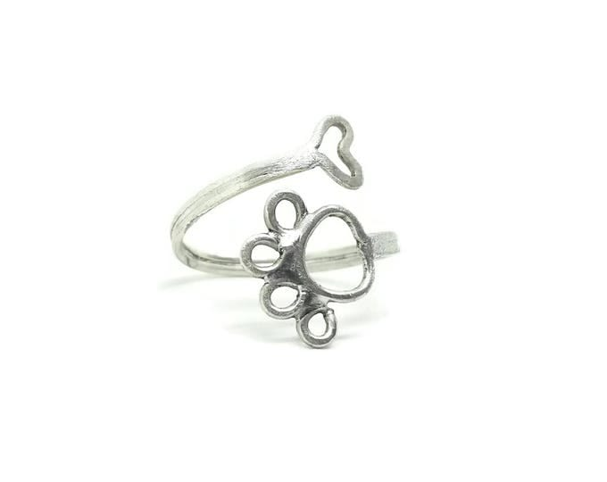 Sterling Silver Paw Print Ring, Adjustable Sterling Silver Heart Ring, Gift for Her, Unique Birthday Gift, Paw Print Jewelry, US Size 7.5