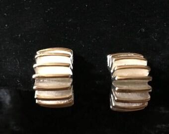 Winter Sale Vintage 80s Silver Tone Clip On Gear Earrings